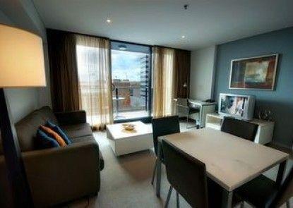 La Loft Apartments
