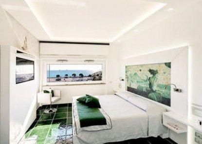 La Madegra Seasuite
