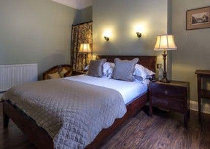 Lamb & Lion Inn