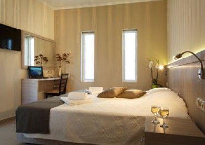 Lamon Hotel