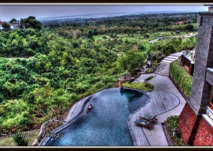 Langon Bali Resort and Spa Teras