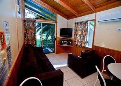 Lani\'s Holiday Island - Caravan Park Teras