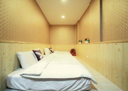 Lantian Baiyun homestay