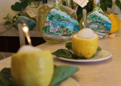 L\'Antico Borgo dei Limoni