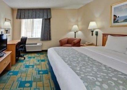 La Quinta Inn & Suites Tampa Fairgrounds - Casino