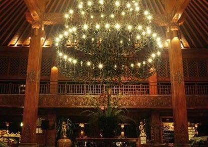 Laras Asri Resort & Spa Lobby