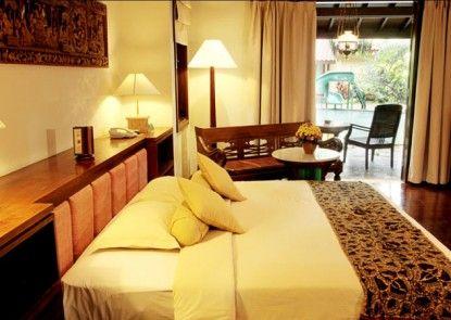Laras Asri Resort & Spa Kamar Tamu