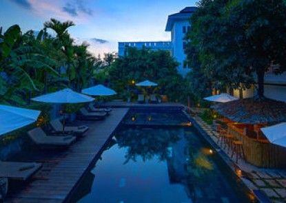 La Residence Blanc D\'Angkor