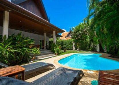 La Romanee 2 Villa by Jetta