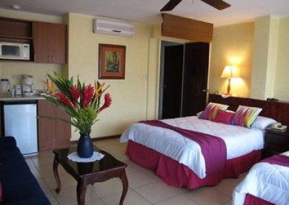 Las Cumbres Inn - Adults Only