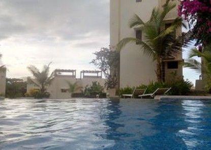 Las Palmas Cocos Sunset Condominiun
