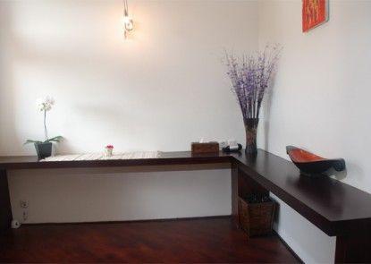 Lavender Villa & Spa Kuta Interior