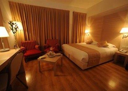 Legacy Hotel