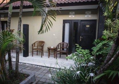Andari Legian (formerly Legian Guest House Bali) Teras