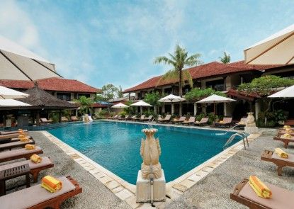 Legian Paradiso Hotel Kolam Renang