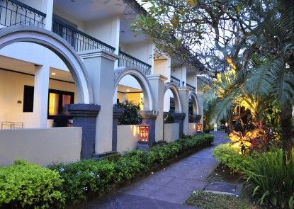 Legian Paradiso Hotel Taman