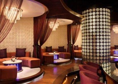 Le Grandeur Mangga Dua Lounge