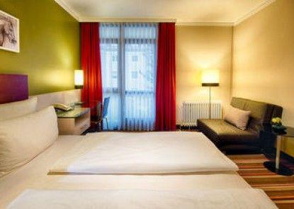 Leonardo Hotel & Residenz München