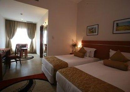 LICEC Hotel at Leonia