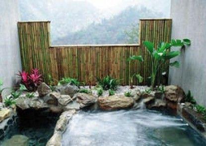 Li Chih Thanl Thuei Hot Spring & Resort