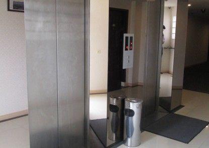 Citi Inn Sun Yat Sen Medan Lobby