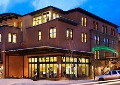 Limelight Hotel Aspen Teras