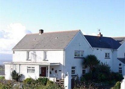 Limpert Bay Guest House Teras