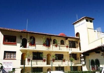 Lindo Mar Resort
