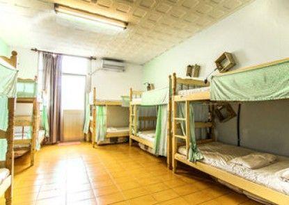 Lis Hostel