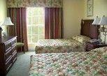 Pesan Kamar Suite, 2 Tempat Tidur Queen, Pemandangan Kolam Renang, Di Pinggir Kolam Renang di Litchfield Beach & Golf Resort