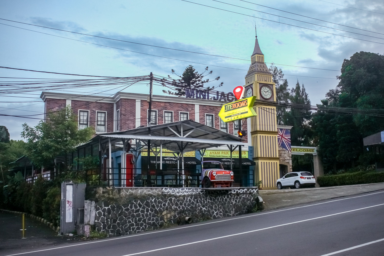 Literooms Minijack Megamendung Puncak, Bogor