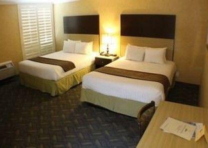 Little Inn By The Bay Newport Beach