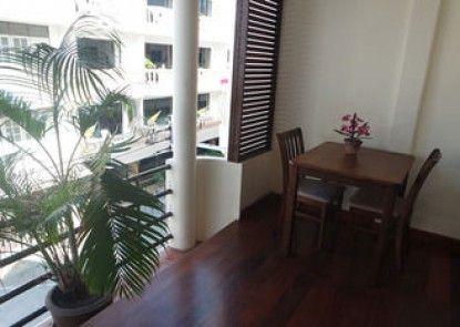 Little Nordic Cha Am Apartment