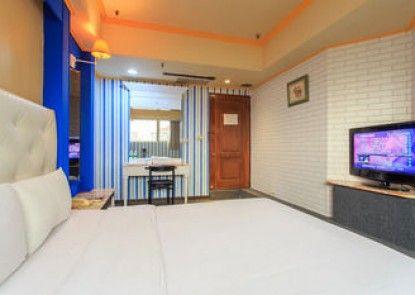 Liuhe Su Hotels