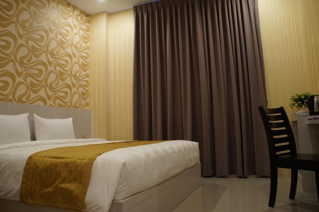 LJ Hotel Medan, Medan