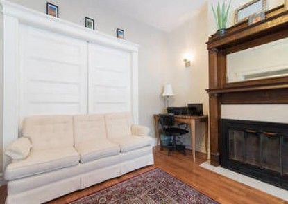 LM Stays - Nelson Street Apartment