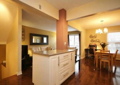 LM Stays - 2bdrm Townhouse near airport