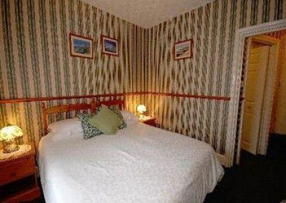 Longcroft Lodge