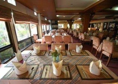 Lopburi Inn