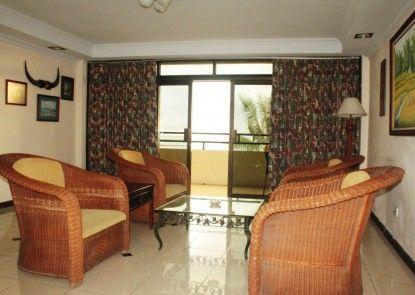 Losari Beach Inn Hotel Ruang Tamu