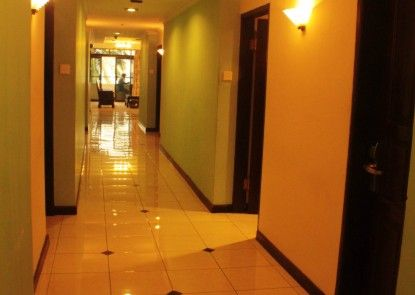 Losari Beach Inn Hotel Interior