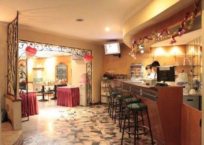 Losari Blok M Hotel Jakarta Kedai Kopi