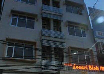 Losari Blok M2 Hotel Jakarta Eksterior