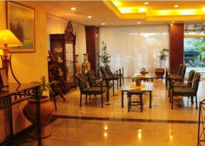 Losari Metro Hotel Lobby