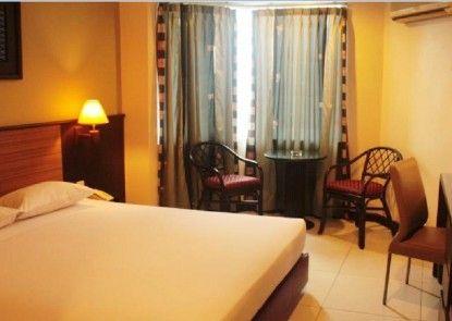Losari Metro Hotel Kamar Tamu