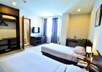 Losari Blok M Hotel Jakarta Kamar Tamu
