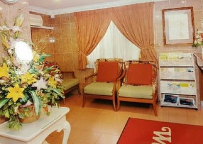 Lotus Family Hotel