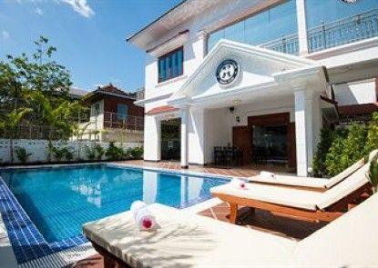 Lovely Jubbly Villa