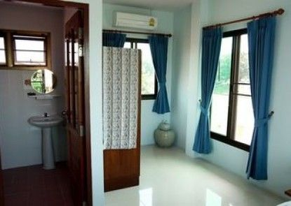 Loy Manee House