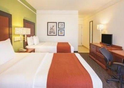LQ Hotel by La Quinta Cd Juarez Near US Consulate